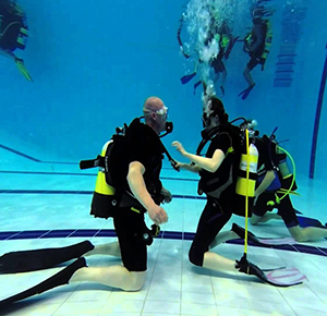 divers training